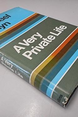 A-very-private-life-B0000COCVN